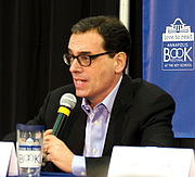 """Author photo. Daniel Pink, reading at the Annapolis Book Festival, in 2018. By Slowking4 - Own work, GFDL 1.2, <a href=""""https://commons.wikimedia.org/w/index.php?curid=68633865"""" rel=""""nofollow"""" target=""""_top"""">https://commons.wikimedia.org/w/index.php?curid=68633865</a>"""