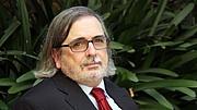 "Author photo. <a href=""https://www.gerio.cat/noticia/156606/agusti-pons-guanya-el-premi-literari-de-cadaques"" rel=""nofollow"" target=""_top"">https://www.gerio.cat/noticia/156606/agusti-pons-guanya-el-premi-literari-de-cadaques</a>"