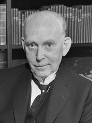 Author photo. By Leif Ørnelund - Oslo Museum: image no. OB.Ø49/0661, via digitaltmuseum.no., CC BY-SA 4.0, <a href=&quot;//commons.wikimedia.org/w/index.php?curid=28945605&quot; rel=&quot;nofollow&quot; target=&quot;_top&quot;>https://commons.wikimedia.org/w/index.php?curid=28945605</a>