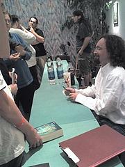 Author photo. user Gwyndon / Wikimedia Commons
