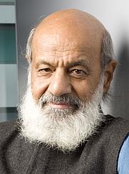 Author photo. Sudhir Chandra - Historien