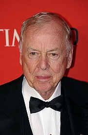 Author photo. T. Boone Pickens. Photo by David Shankbone.