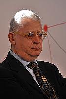 Author photo. <a href=&quot;http://gialli-e-geografie.blogspot.it/2011/02/lora-peggiore-fra-tutte-quelle-del.html&quot; rel=&quot;nofollow&quot; target=&quot;_top&quot;>http://gialli-e-geografie.blogspot.it/2011/02/lora-peggiore-fra-tutte-quelle-del...</a>