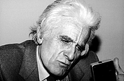 "Author photo. El historiador español Manuel Tuñón de Lara en 1982 By Elisa Cabot - <a href=""https://www.flickr.com/photos/76540627@N03/7638229276"" rel=""nofollow"" target=""_top"">https://www.flickr.com/photos/76540627@N03/7638229276</a>, CC BY-SA 2.0, <a href=""https://commons.wikimedia.org/w/index.php?curid=39114129"" rel=""nofollow"" target=""_top"">https://commons.wikimedia.org/w/index.php?curid=39114129</a>"