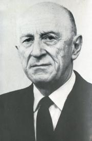 Author photo. Henri-Irénée Marrou dans un insert folio de son livre 'Patristique et humanisme' Paru en 1976 au Seuil