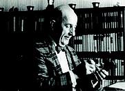 Author photo. Carl Ludwig Siegel. Photo by Konrad Jacobs.