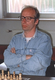 Author photo. Robert Hübner