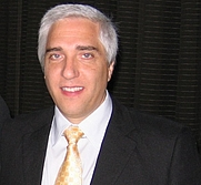Author photo. Stephen Novella by Wikipedia user Opcnup