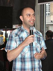 Author photo. Serdar Somuncu, 2008. Source: <a href=&quot;http://commons.wikimedia.org/wiki/File:Serdar_Somuncu_30._April_2008_2.jpg&quot; rel=&quot;nofollow&quot; target=&quot;_top&quot;>http://commons.wikimedia.org/wiki/File:Serdar_Somuncu_30._April_2008_2.jpg</a>