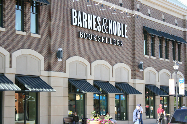 Barnes Noble Booksellers Bayshore Mall In Glendale Wi
