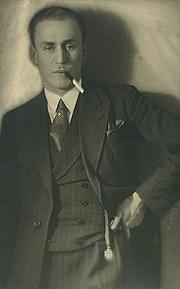 Author photo. Olavi Paavolainen