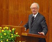 Author photo. Ralf Dahrendorf, 2003. Photo by Holger Noß / Wikimedia Commons.