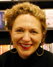 Author photo. Jessica Fellowes, Hatchards, London, November 2018 By Edwardx - Own work, CC BY-SA 4.0, <a href=&quot;//commons.wikimedia.org/w/index.php?curid=74844289&quot; rel=&quot;nofollow&quot; target=&quot;_top&quot;>https://commons.wikimedia.org/w/index.php?curid=74844289</a>