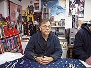 Author photo. Howard Chaykin von Wintergeist bei Flickr http://farm4.static.flickr.com/3191/2992688239_815befc5e9_b.jpg