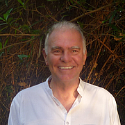 """Author photo. <a href=""""http://www.alistairshearer.co.uk/about/"""" rel=""""nofollow"""" target=""""_top"""">Author's Official Home Page</a>"""