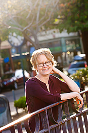 Author photo. Amy Stewart