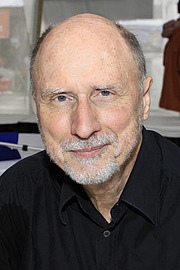 """Author photo. Author Robert Olen Butler at the 2016 Texas Book Festival. By Larry D. Moore, CC BY-SA 4.0, <a href=""""https://commons.wikimedia.org/w/index.php?curid=53477339"""" rel=""""nofollow"""" target=""""_top"""">https://commons.wikimedia.org/w/index.php?curid=53477339</a>"""
