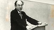 Author photo. Stanley Hoffmann in 1984 speaking on European-American Relations