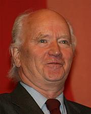 Author photo. Thorvald Stoltenberg (2009)<br>Photo: Wikimedia user GAD.