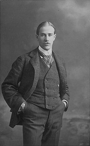 Author photo. Louis Agassiz Fuertes [photographer unknown; source: Cornell University website - Fuertes illustration database]