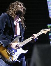 Author photo. John Frusciante [credit: Edimilson Neto]