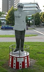 Author photo. Heinz Erhardt Memorial, Göttingen, Germany.  Photo by user Timers / Wikimedia Commons.