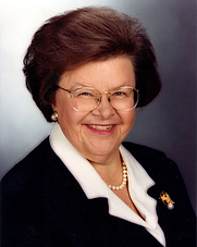 Author photo. Wikimedia Commons (Official U.S. Senate Portrait)
