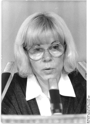 Author photo. Photo by Gabriele Senft (Deutsches Bundesarchiv Bild 183-1987-1125-309)