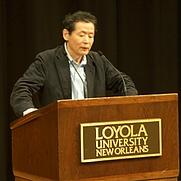 Author photo. Kojin Karatani lecturing at Loyola University New Orleans, 24 April 2008.
