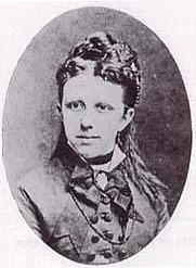 Author photo. Nienke van Hichtum [credit: C.B. Broersma, Leeuwarden; source: collectie Tresoar, Leeuwarden]