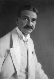 Author photo. copyright 1908 (LoC Prints and Photographs Division, LC-USZ62-103205)