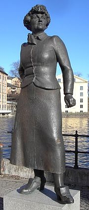 Author photo. Statue of Moa Martinsson at Grytstorget, Norrköping, Sweden. Photo by Wikimedia Commons user Thuresson (2006)