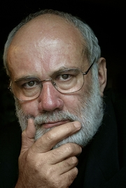 """Author photo. By Julian Stockwin - Julian Stockwin, CC BY-SA 3.0, <a href=""""//commons.wikimedia.org/w/index.php?curid=9642616"""" rel=""""nofollow"""" target=""""_top"""">https://commons.wikimedia.org/w/index.php?curid=9642616</a>"""