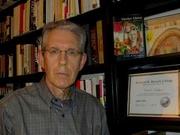 "Author photo. <a href=""http://www.carlrollyson.com/"" rel=""nofollow"" target=""_top"">www.carlrollyson.com/</a>"
