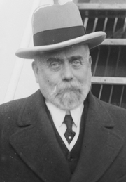 Author photo. Library of Congress Prints and Photographs Division, George Grantham Bain Collection (Reproduction Number: LC-DIG-ggbain-37732) (cropped)