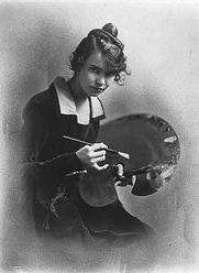 Author photo. Wanda Gag holding artist's palette, 1916-1917.