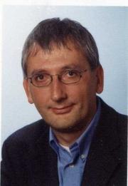 Author photo. Detlev J K Peukert peoplecheck.de