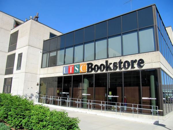 This picture shows an image of the UTSC bookstore located on campus.