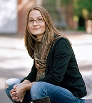 Author photo. Eleanor Henderson/Photo by Nina Subin