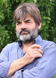 Author photo. By Julien Boutet - Own work, CC BY-SA 3.0, <a href=&quot;https://commons.wikimedia.org/w/index.php?curid=11006285&quot; rel=&quot;nofollow&quot; target=&quot;_top&quot;>https://commons.wikimedia.org/w/index.php?curid=11006285</a>