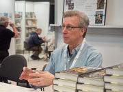 """Author photo. Harvey Araton at BookExpo at the Javits Center in New York City, May 2019. By Rhododendrites - Own work, CC BY-SA 4.0, <a href=""""https://commons.wikimedia.org/w/index.php?curid=79387547"""" rel=""""nofollow"""" target=""""_top"""">https://commons.wikimedia.org/w/index.php?curid=79387547</a>"""