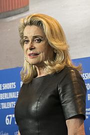 Author photo. wikimedia.org/elenaringo
