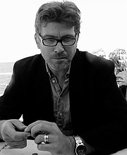 """Author photo. By Lorna Hunt - Own work, CC BY-SA 3.0, <a href=""""https://commons.wikimedia.org/w/index.php?curid=18158507"""" rel=""""nofollow"""" target=""""_top"""">https://commons.wikimedia.org/w/index.php?curid=18158507</a>"""