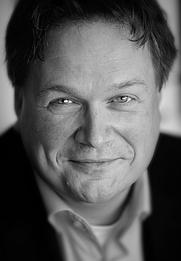 Author photo. Bart van der Meij