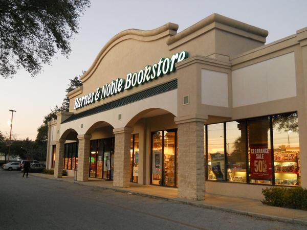 barnes \u0026 noble booksellers st petersburg in st petersburg, flbarnes \u0026 noble booksellers st petersburg