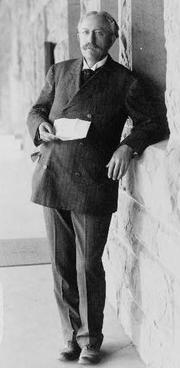 Author photo. 1908 photograph (LoC Prints and Photographs, LC-USZ62-111666)