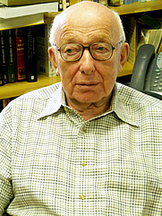 Author photo. By Editor1414 - Own work, CC BY-SA 3.0, <a href=&quot;https://commons.wikimedia.org/w/index.php?curid=7548417&quot; rel=&quot;nofollow&quot; target=&quot;_top&quot;>https://commons.wikimedia.org/w/index.php?curid=7548417</a>