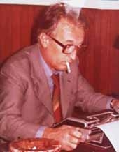 "Author photo. Gianni Rodari <a href=""http://www.giannirodari.it/biografia/index.html"" rel=""nofollow"" target=""_top"">http://www.giannirodari.it/biografia/index.html</a>"