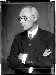 Author photo. Franz Blei, 10 July 1916. Photo © <a href=&quot;http://www.bildarchiv.at/&quot;> ÖNB/Wien </a>