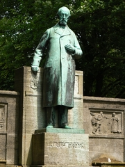 Author photo. Statue of Klaus Groth, Kiel, Germany.  Photo by user VollwertBIT / Wikimedia Commons.